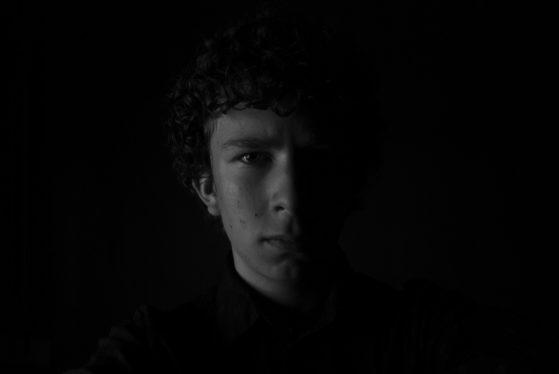 self-portrait-581328_cropped